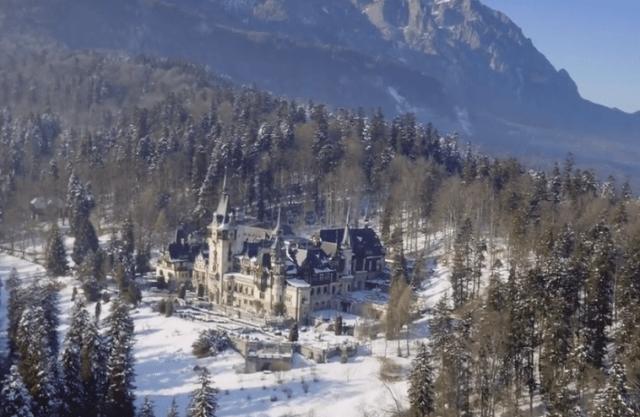 a-christmas-prince-castle