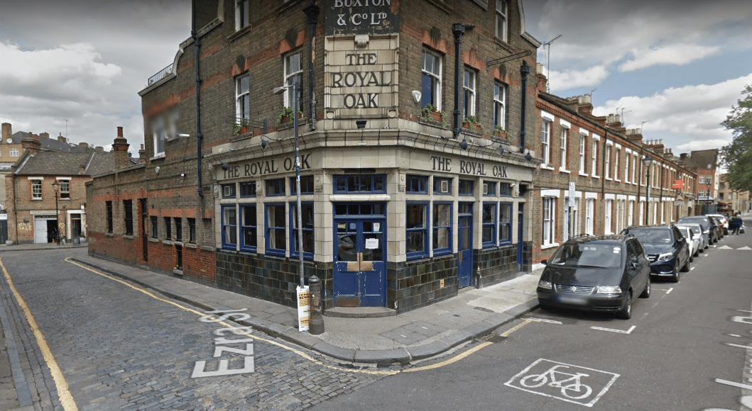 the-royal-oak-pub2.PNG