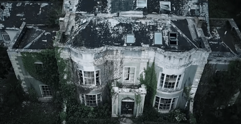 joe-weller-millionaire-mansion.PNG
