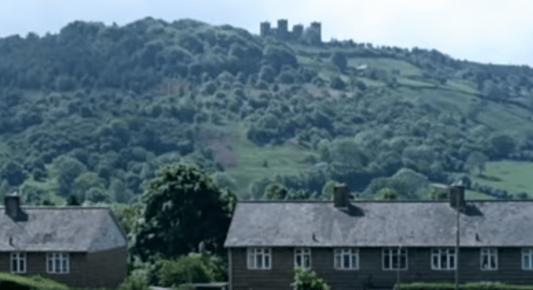 derbyshire-castle.PNG