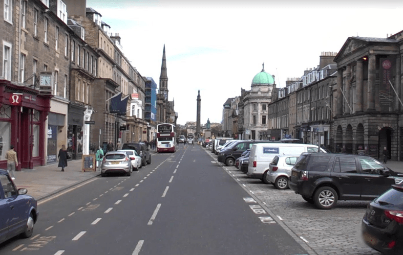 edinburgh-high-street2.PNG