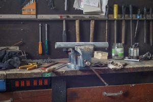 Building a Garage Work Bench