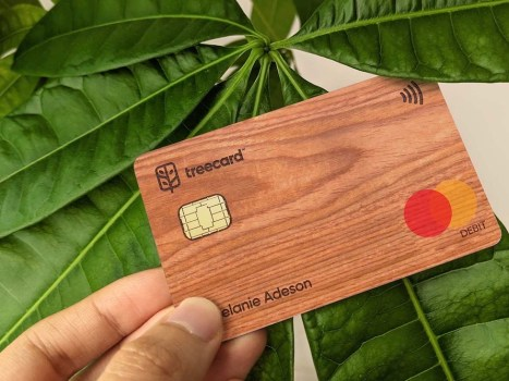 TreeCard's wooden debit card
