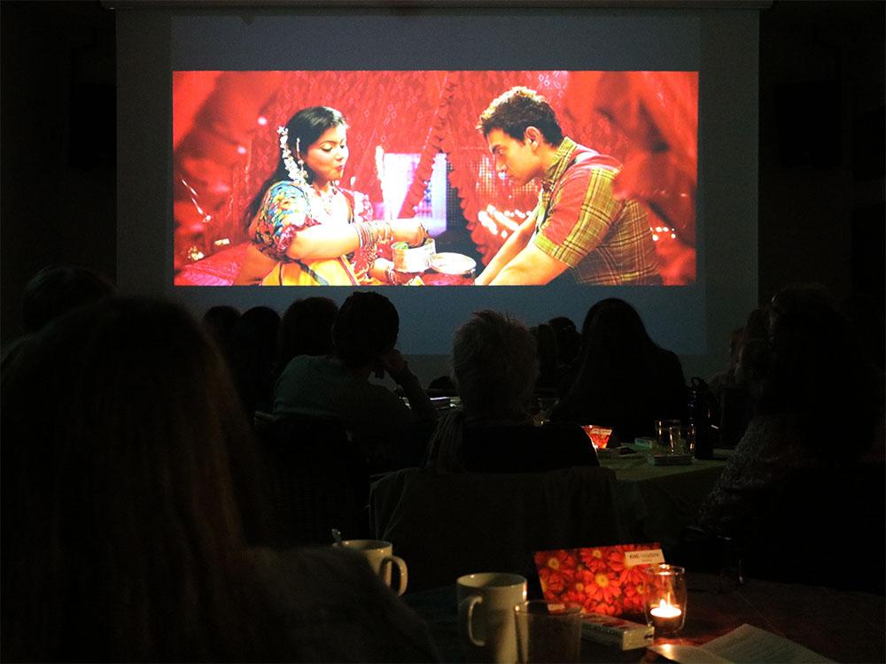 Bollywood PK am AAI