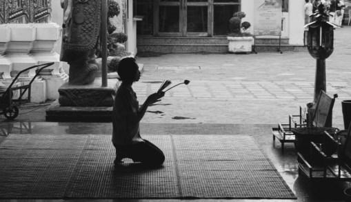 Wat Pho Worship