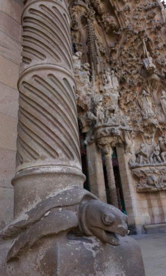 Sagrada Familia Turtle Pillar