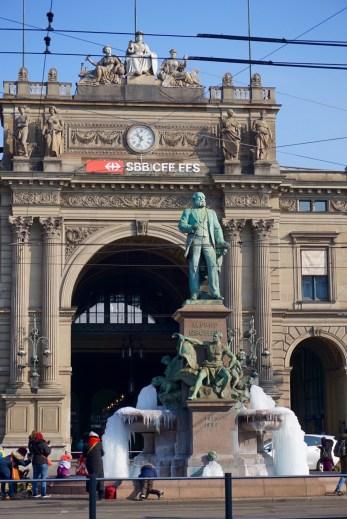 Zurich Alfred Escher Fountain Frozen Hauptbahnhof