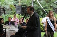 Ministro Nicolás Escalante, Profesor de Universidad Internacional