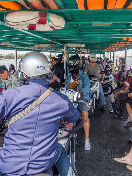 Ferry to Bang Naam Phung Floating Market