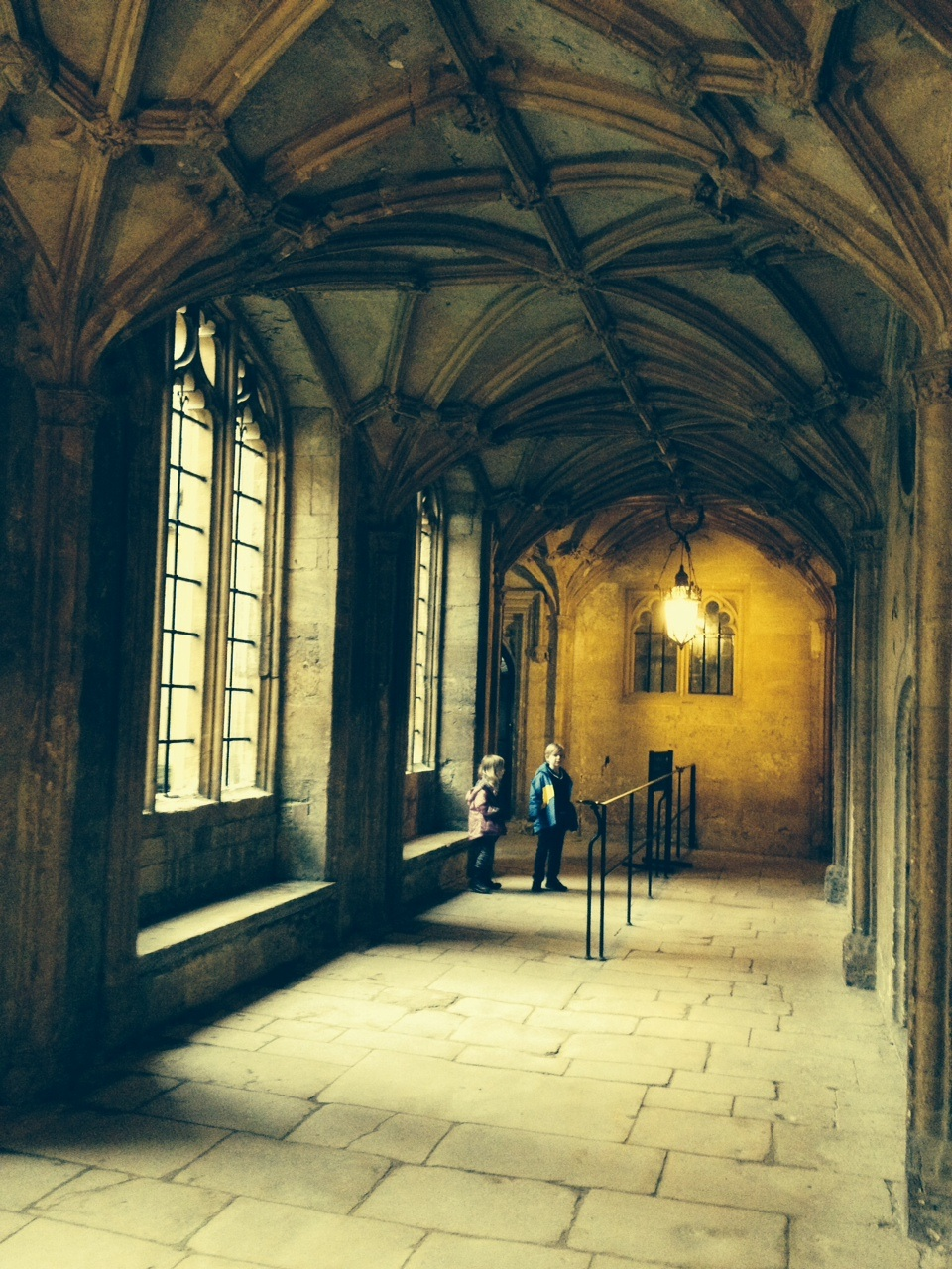Harry potter on the trail in oxford globalmouse travels even without the harry potter link christ church college is beautiful and a wonderful place to spend an afternoon its inspiring and you can feel the publicscrutiny Choice Image