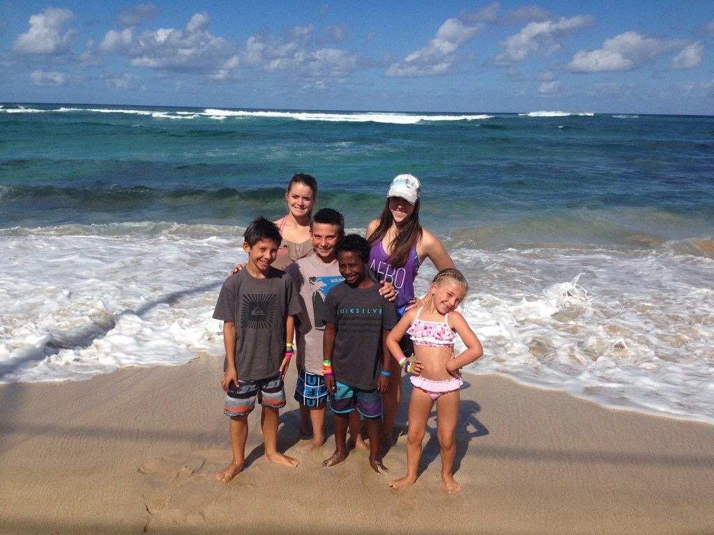 Find the BEST Things To Do in Oahu with (and without) kids in tow. We have compiled the ultimate list with over 25 awesome things to do in Oahu including the best beaches, activities, tours and even some of our absolute favorite places to eat. From a travel writer and mom of 5.