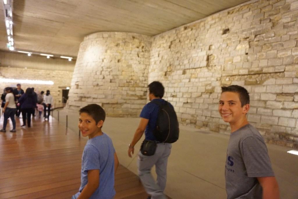 fort_castle_original_louvre
