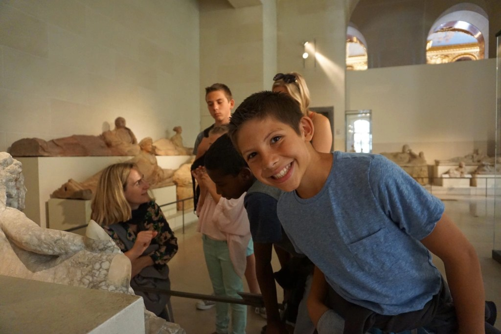 context_travel_guide_docent_family_travel