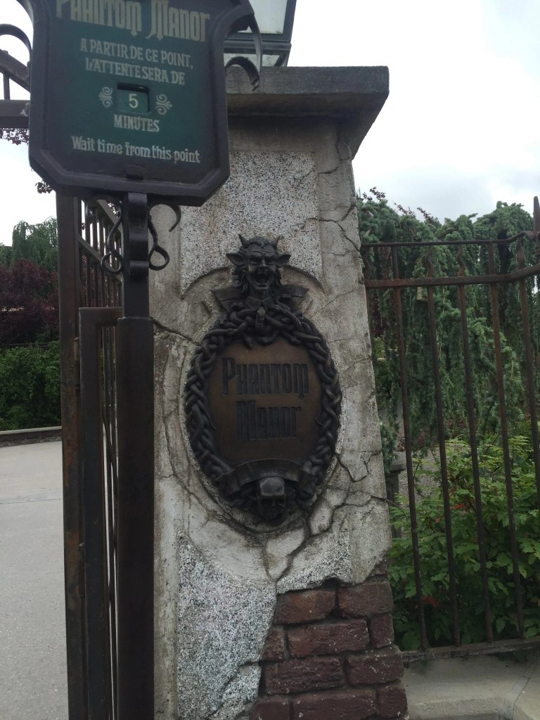phantom_manor_disney_paris