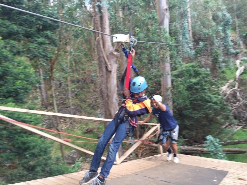 ziplining_in_maui