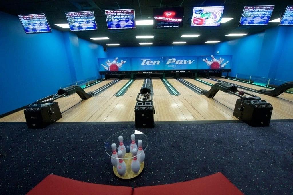 Bowling_Great_Wolf_Lodge