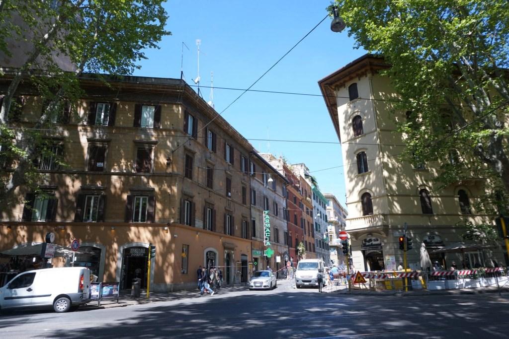 Adorable Italian street in Trastevere Rome Italy- Global Munchkins