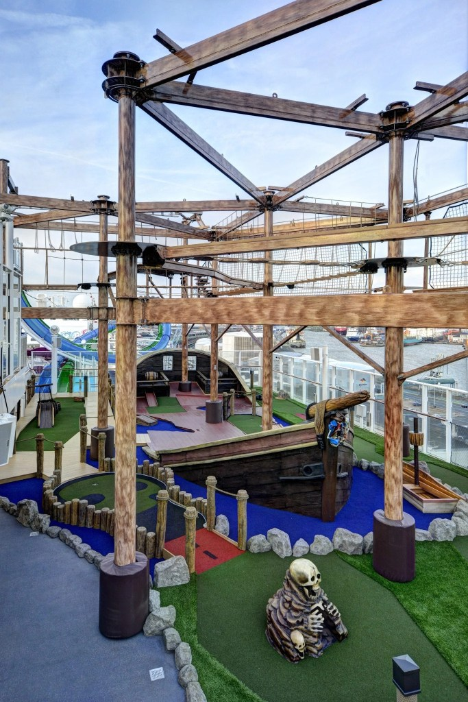 Ropes course and mini golf onboard the Norwegian Getaway