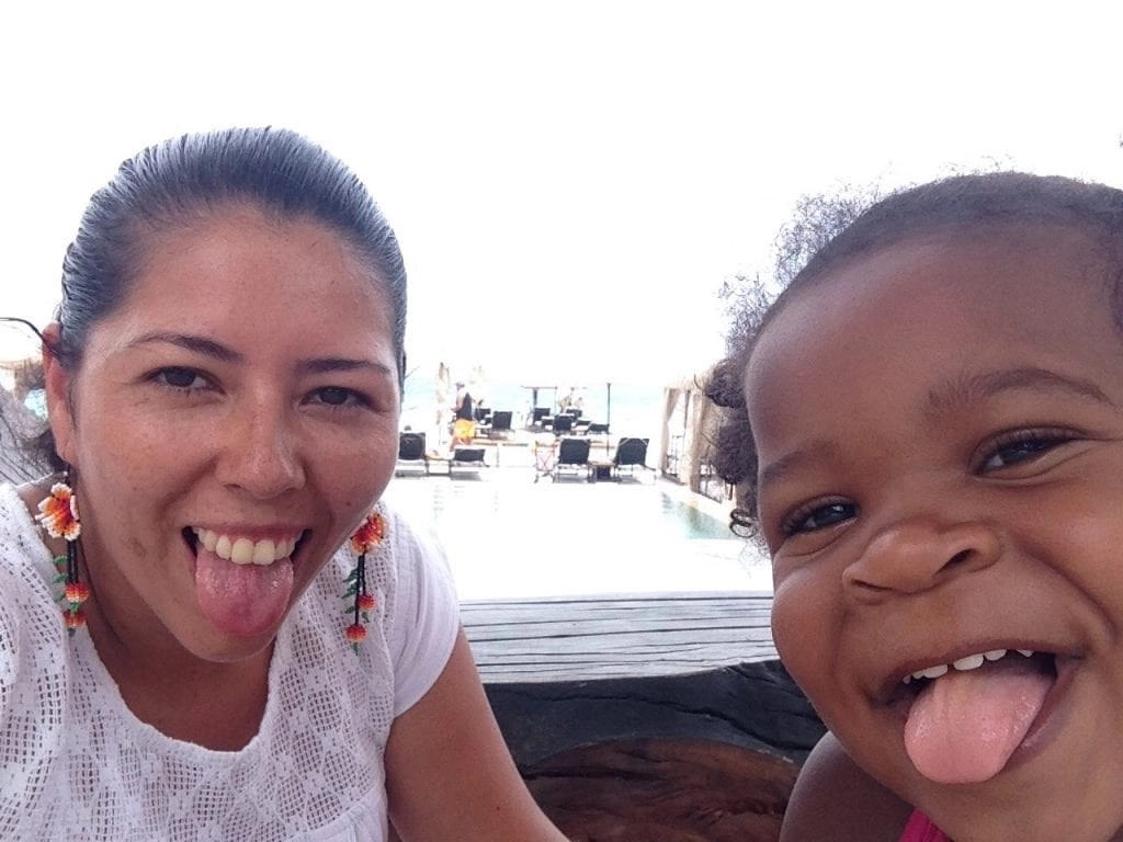 Nanny and little girl. Babysitting in Cancun. Trusted Nanny Service