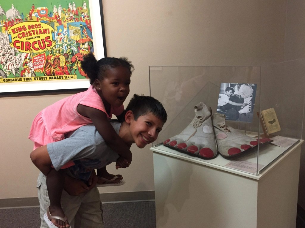 For a short time the Temecula Valley Museum has a circus exhibit that kids and families will love | Global Munchkins