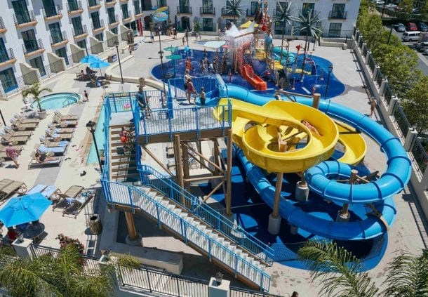Marriott Courtyard Theme Park Entrance in Anaheim | Global Munchkins