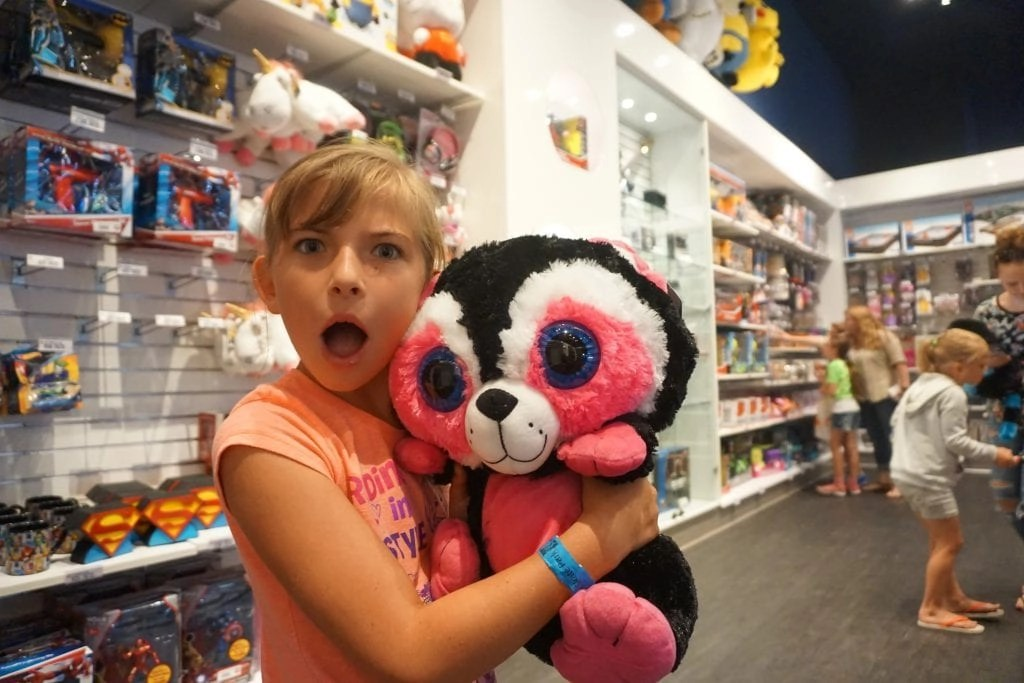 Awesome Dave & Buster's Prizes i| Global Munchkins