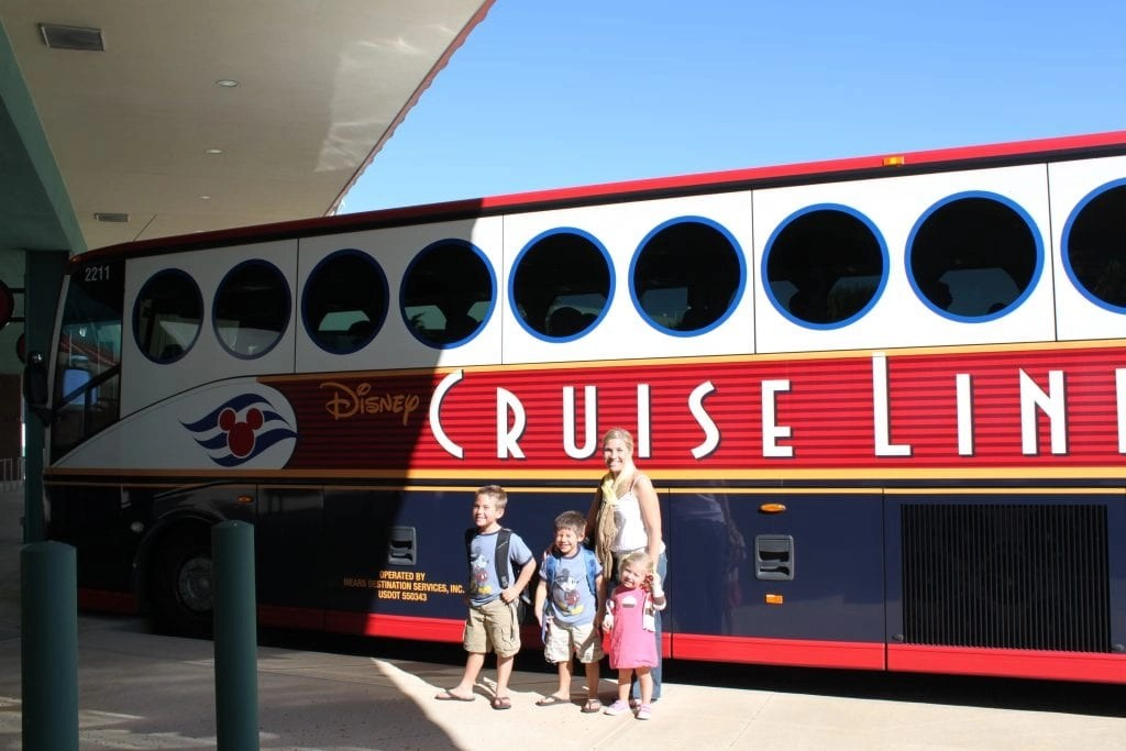 Disney Cruise Line Bus   Global Munchkins