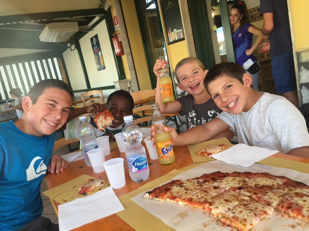 Families will love all the pizza just another reason Rome with kids is always a good idea | Global Munchkins