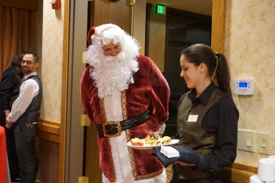 Yosemite Resorts- during winter Tenaya Lodge has tons of activities including Santa appearances.