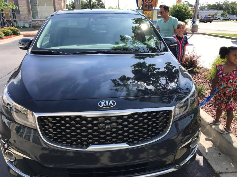 Choosing the right road trip vehicle is one of the most crucial choices you will make. See which vehicle we chose and why we highly recommend it.