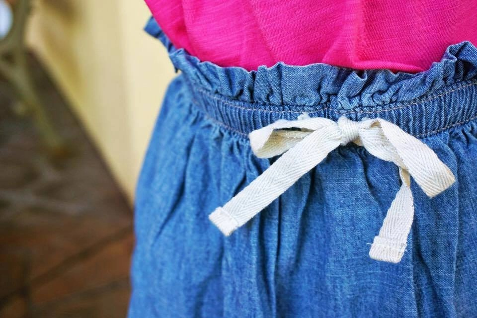 Kids will look cool in OshKosh B'gosh's pull on & off styles. Perfect for back to school with preschool aged kids. See our style tips + score an OshKosh coupon code and enter to win a $50 Gift Card to OshKosh. Thank you to OshKosh for sponsoring this post.