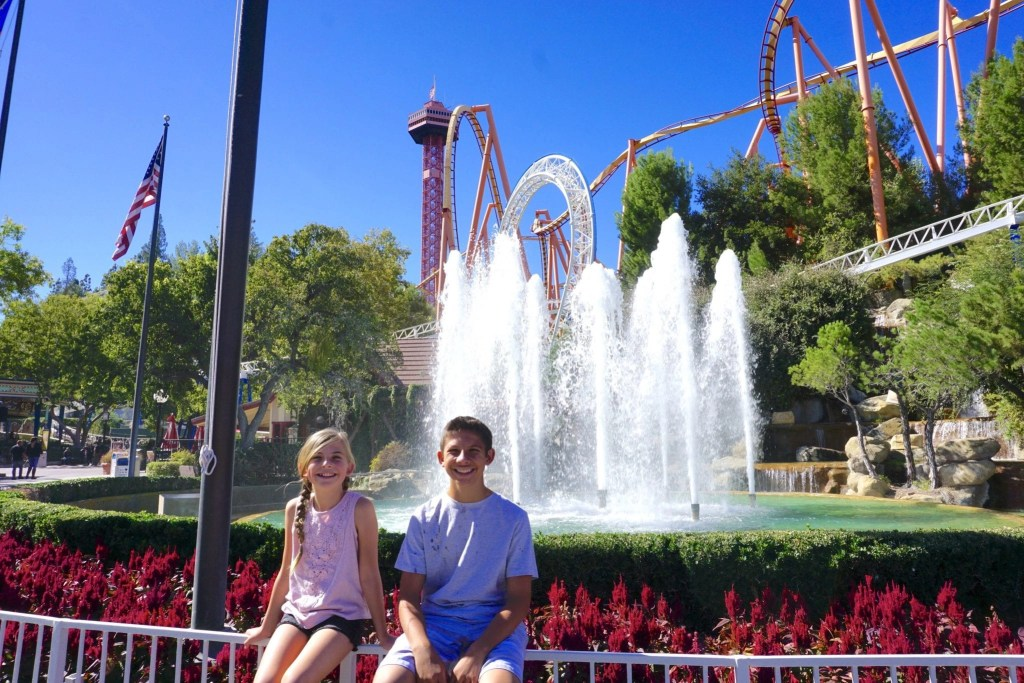 Save time and money with the Magic Mountain FlashPass and my top tips by clicking through the link. #AD