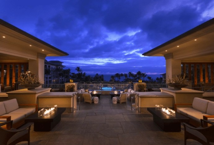 where to stay in maui ritz carlton