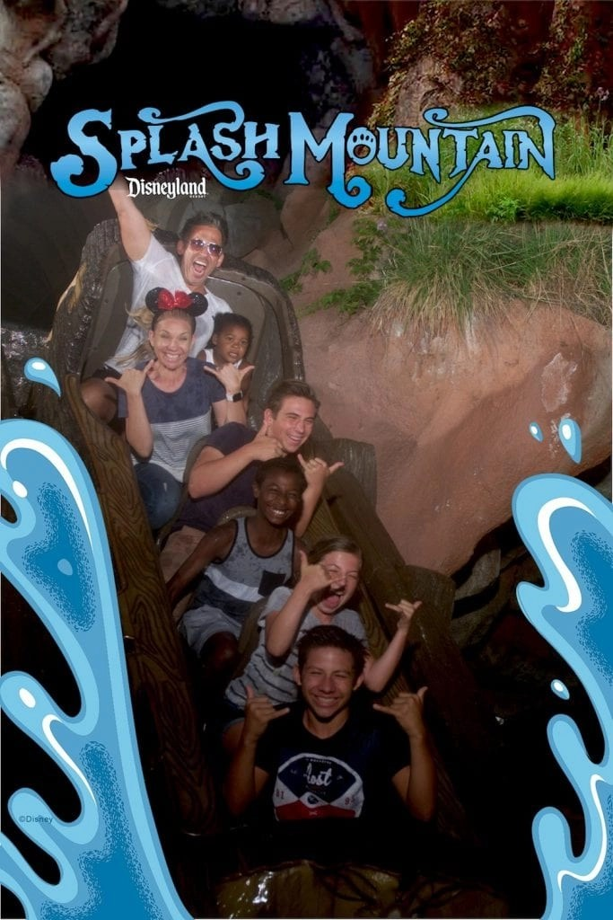 Disney Fastpass Secrets - How to use Disneyland Maxpass like a Pro.