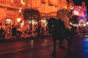 Headless Horsemen at Mickeys Not SO Scary Halloween Party