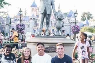 can and can't bring into disneyland