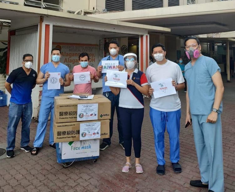 Taiwanese org sends 10,000 face masks to Cebu hospital — TECO featured image