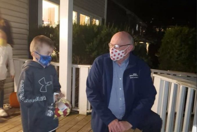 7-year-old gets visit from his hero, N.S. chief of health Robert Strang