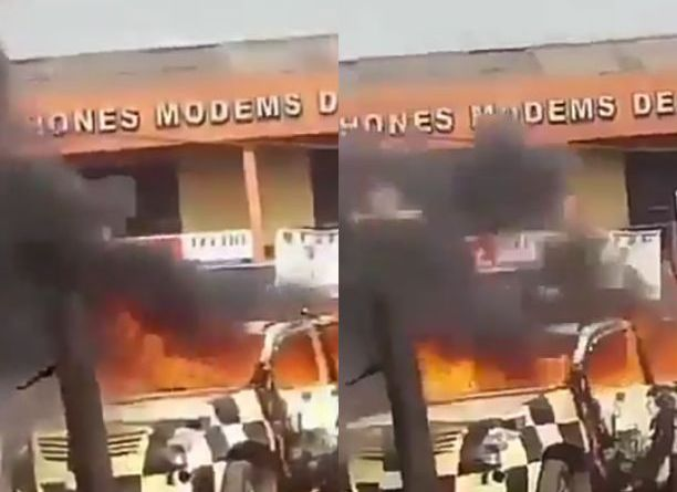 Iyana-Ipaja Riot: Lastman Vehicle set ablaze at Iyana-Ipaja (Video)