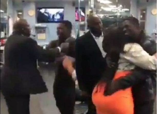 Jealous Husband Beat Up A Man Who Hugs His Wife In The Public (Video)