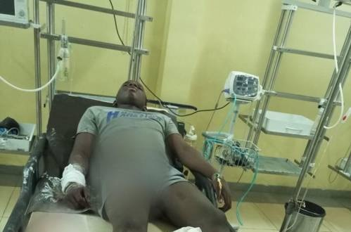 SARS Operatives allegedly shot 17-year-old, Sadiq in ABuja (Photos)