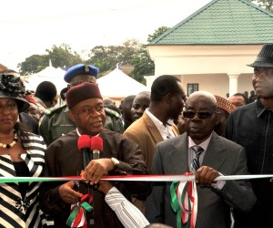 Abia state Governor Theodore Orji cutting the tape to commission the New Ultra Modern High Court Complex in Umuahia. With him (from L-R) are Justice Theresa Uzokwe, Chief Judge of Abia state, Sir Emeka Ananaba Deputy Gov, and Prof. Mkpa A. Mkpa, SSG.
