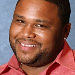 American comedian, Anthony Anderson to host 2015 MAMA ceremony