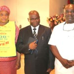 (Photonews) Governor Ikpeazu receives Pastor Muoka, wife in Umuahia