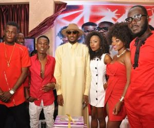 3.	L-R, Airtel One Mic stars, Jay Dreamz, Acetune; Brand Ambassador, Airtel, Tuface Idibia; Airtel Trace Music Star winner, Jitey Peterz, One Mic winners, Zorah and LACE at the One Mic All-Stars album launch/Tuface's 40th birthday party held in Lagos recently