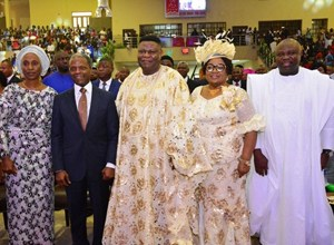 Lagos State Governor, Mr. Akinwunmi Ambode (2nd right, the Celebrant & General Overseer, The Redeemed Evangelical Mission, TREM, Bishop Mike Okonkwo (middle), his wife, > Bishop Peace (3rd right), the Vice President, Prof. Yemi Osinbajo (3rd left) and his wife,  Dolapo (2nd left) during the 70th Birthday Special Thanksgiving Service of Bishop Mike Okonkwo at the TREM Headquarters, Gbagada on Sunday, September 06, 2015.