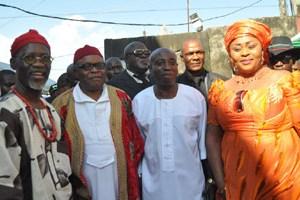 New Yam Festival (L-r): Eze Ndigbo of  Ikorodu, Eze Paulicap Uhegbu , ,Eze Ndigbo of Lagos (IGBO 1) Dr Christian Nwachukwu,Leader  Movement of the Actualization of the Sovereign State of Biafra(MOSSOB) Chief Ralph Uwazuruike and Lolo Nkeiruka Nwachukwu,  at the New yam Festival (Iri-ji) Ndigbo in Lagos , organized by Eze Ndi Igbo head at the Okota  Lagos, at the weekend