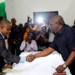 Gov. Ikpeazu swears-in Bonnie Iwuoha, Eziuche Ubani, 18 other Commissioners