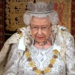 Queen Elizabeth breaks from tradition, wears lighter crown