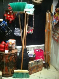 amelior photo - brooms